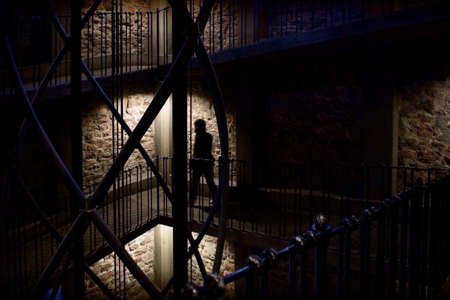http://mathieumiet.com/files/gimgs/th-39_Inside-the-Tower-Prague-2011-MathieuMiet.jpg